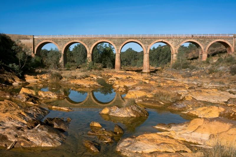 Puente sobre el río Oraque. Villanueva de las Cruces
