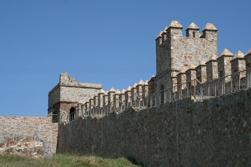 Castillo de Sancho IV. Santa Olalla del Cala.