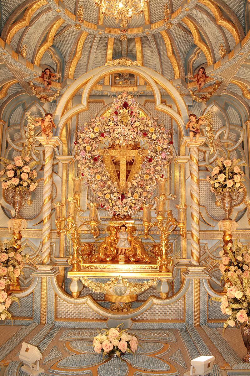 Una de las doce capillas de las cruces de Bonares.