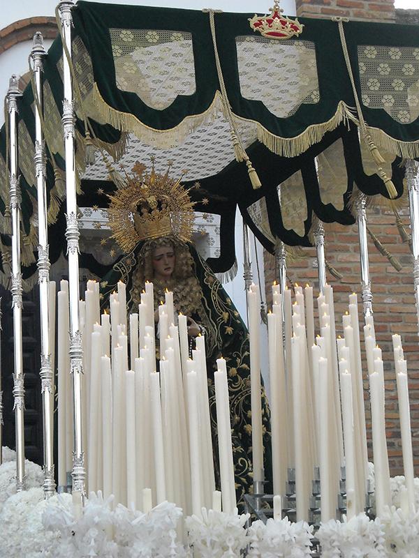 Salida de la Virgen del Valle de Cortegana. Autora: Olga Fernández Martín.